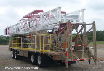 375 HP Four Axle Carrier Mounted Workover Rig