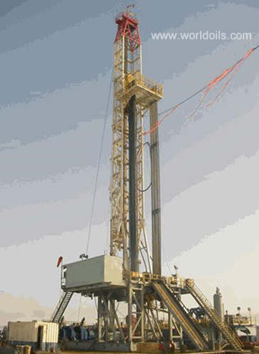 Cantilever Mast on Dolly Hydraulic Lift Triple Drilling Rig