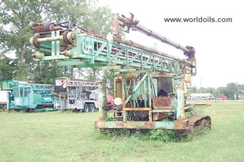 Chicago-Pneumatic C-700 Crawler Drill Rig