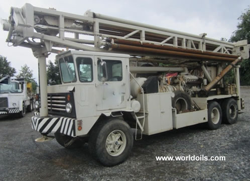 Used Ingersoll-Rand T4W drilling rig for sale