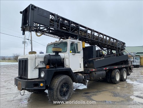 Ingersoll-Rand TH60 Drilling Rig - For Sale