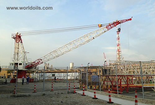 National OS-435 H.D model Pedestal Offshore Crane