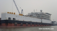 Used Pipe Laying Barge for Charter